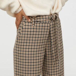 H&M checked houndstooth paper bag pants